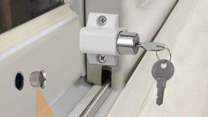 Características de una cerradura para puerta corredera de aluminio